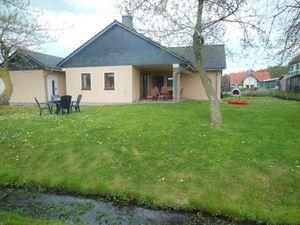 22367799-Ferienhaus-6-Wittenbeck-300x225-1