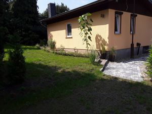 22121757-Ferienhaus-2-Zeschdorf-300x225-0