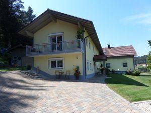 22504951-Ferienhaus-6-Zwiesel-300x225-3