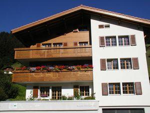 Ferienwohnung für 5 Personen (64 m²) ab 105 € in Adelboden