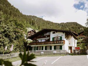 18984256-Ferienwohnung-6-Adelboden-300x225-1
