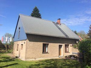 Ferienwohnung für 5 Personen (78 m²) ab 37 € in Altefähr auf Rügen