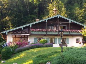 Ferienwohnung für 3 Personen (58 m²) ab 75 € in Aschau im Chiemgau