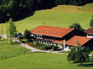 Ferienwohnung für 4 Personen (46 m²) ab 107 € in Aschau im Chiemgau