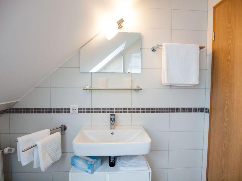 19273470-Ferienwohnung-3-Bad Arolsen-800x600-8
