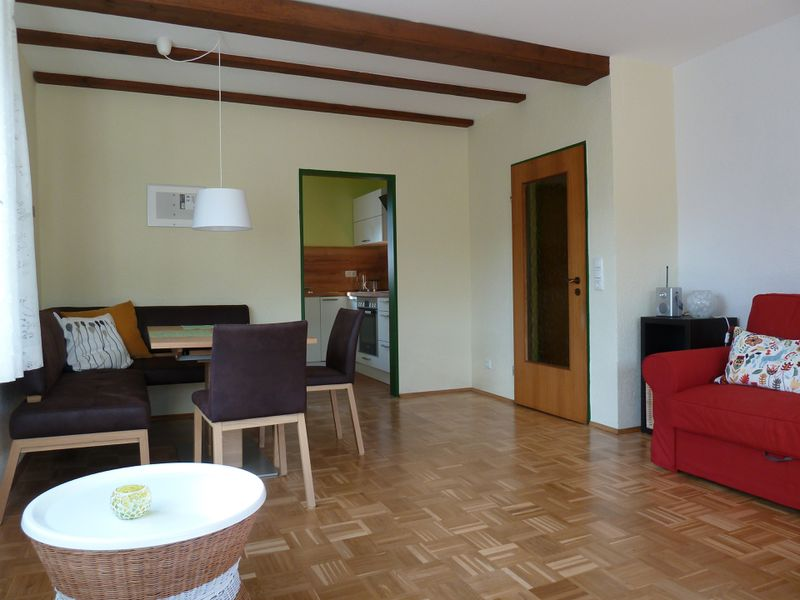 21203221-Ferienwohnung-2-Bad Brückenau-800x600-2