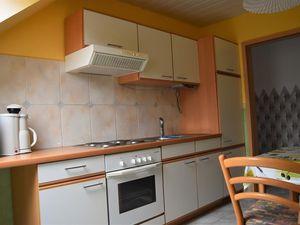 18807257-Ferienwohnung-4-Bad Fallingbostel-300x225-5