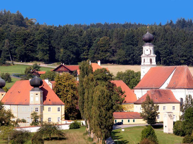 3595852-Ferienwohnung-3-Bad Griesbach im Rottal-800x600-0