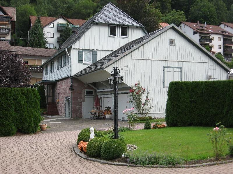22208903-Ferienwohnung-2-Bad Herrenalb-800x600-2