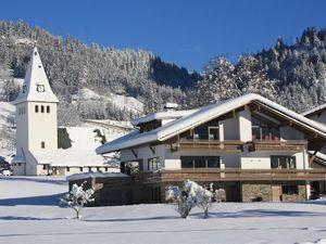 Ferienwohnung für 5 Personen (131 m²) ab 150 € in Bad Hindelang