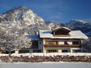 Ferienwohnung für 3 Personen (42 m²) ab 60 € in Bad Hindelang