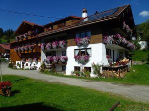 Ferienwohnung für 4 Personen (100 m²) ab 65 € in Bad Hindelang
