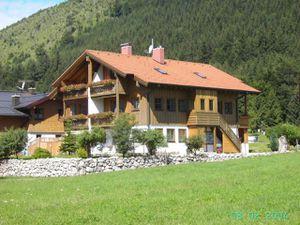 Ferienwohnung für 4 Personen (55 m²) ab 85 € in Bad Hindelang