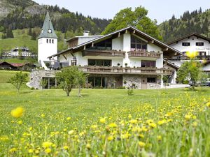 Ferienwohnung für 5 Personen (131 m²) ab 42 € in Bad Hindelang