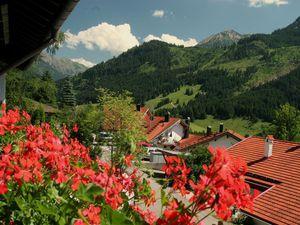 Ferienwohnung für 4 Personen (65 m²) ab 88 € in Bad Hindelang
