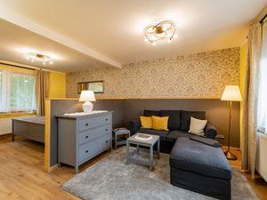 22663363-Ferienwohnung-2-Bad Liebenstein-300x225-1