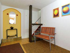 19340562-Ferienwohnung-5-Bad Pyrmont-300x225-4