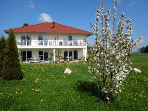 Ferienwohnung für 3 Personen (60 m²) ab 70 € in Bad Waldsee