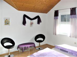 20088651-Ferienwohnung-3-Bad Waldsee-300x225-21