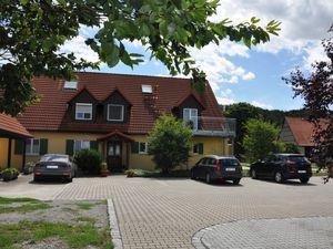 Ferienwohnung für 3 Personen ab 85 € in Bad Windsheim