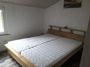 21930037-Ferienwohnung-3-Bad Zwischenahn-300x225-94