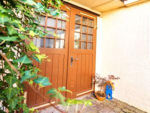 22265849-Ferienwohnung-4-Baden-Baden-300x225-2
