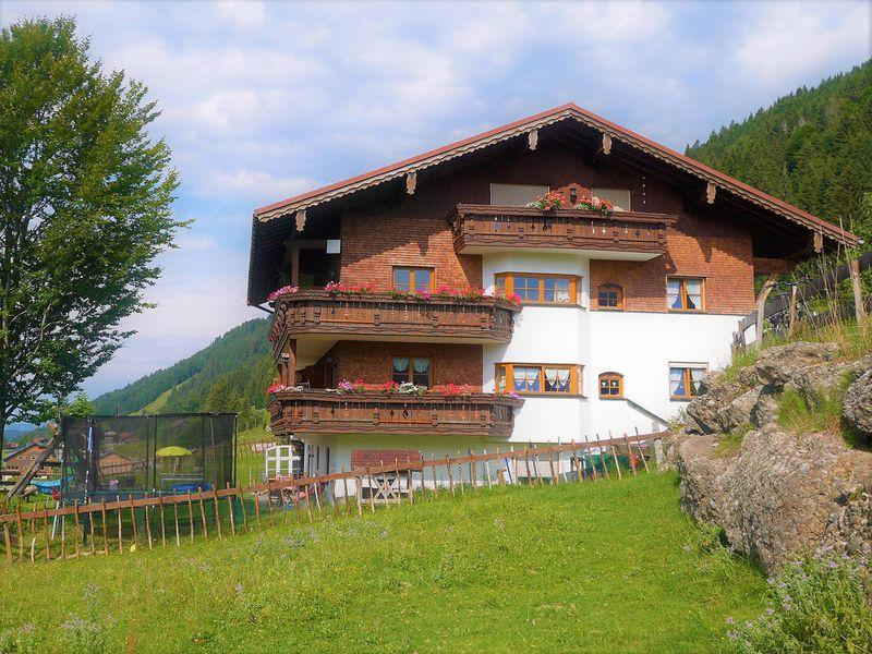 23122285-Ferienwohnung-4-Balderschwang-800x600-0
