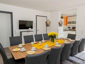 Ferienwohnung für 30 Personen (300 m²) ab 156 € in Bensheim