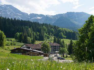 19254277-Ferienwohnung-2-Berchtesgaden-300x225-1