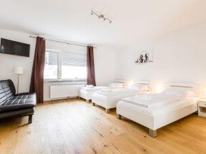 22506571-Ferienwohnung-4-Bergisch Gladbach-300x225-2