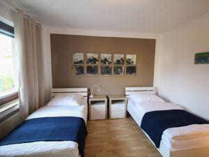 22506577-Ferienwohnung-4-Bergisch Gladbach-300x225-3
