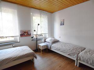 22509593-Ferienwohnung-5-Bergisch Gladbach-300x225-5