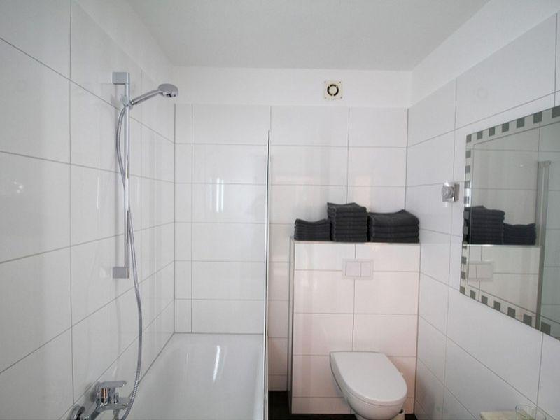 22611517-Ferienwohnung-4-Bergisch Gladbach-800x600-2
