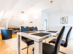 22614685-Ferienwohnung-4-Bergisch Gladbach-300x225-2
