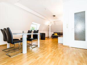 22614685-Ferienwohnung-4-Bergisch Gladbach-300x225-3