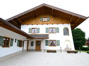 22055527-Ferienwohnung-3-Bernau am Chiemsee-300x225-1