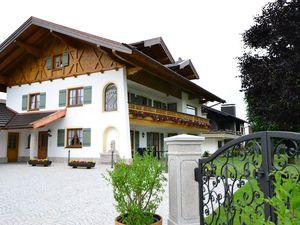 22055527-Ferienwohnung-3-Bernau am Chiemsee-300x225-2