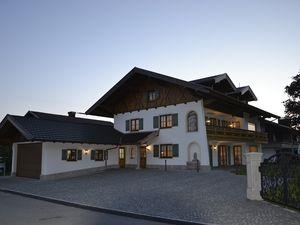 22055527-Ferienwohnung-3-Bernau am Chiemsee-300x225-3