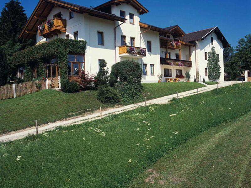 18286515-Ferienwohnung-2-Bernau am Chiemsee-800x600-0