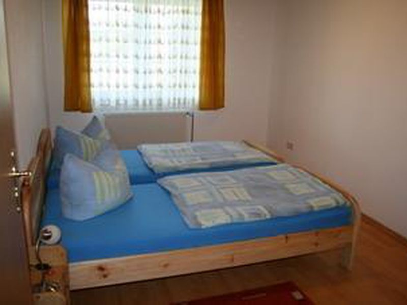 22099691-Ferienwohnung-4-Bispingen-800x600-3