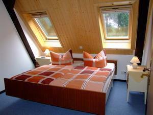 22099693-Ferienwohnung-5-Bispingen-300x225-2