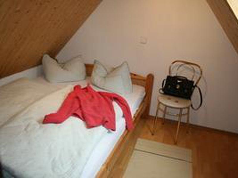 22099693-Ferienwohnung-5-Bispingen-800x600-3