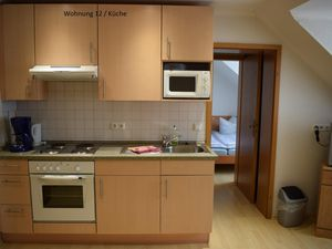 18616946-Ferienwohnung-3-Bispingen-300x225-13