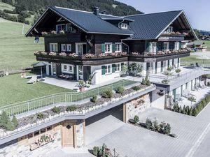 Ferienwohnung für 5 Personen ab 150 € in Bolsterlang