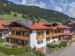 Ferienwohnung für 2 Personen (45 m²) ab 58 € in Bolsterlang