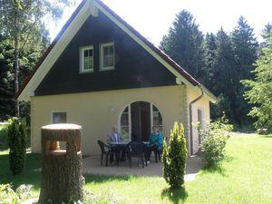 Ferienwohnung für 5 Personen (110 m²) ab 99 € in Brandscheid (Eifelkreis)