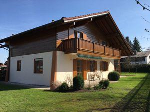 Ferienwohnung für 5 Personen (116 m²) ab 130 € in Breitbrunn Am Chiemsee