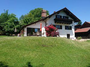 Ferienwohnung für 6 Personen (200 m²) ab 250 € in Breitbrunn Am Chiemsee