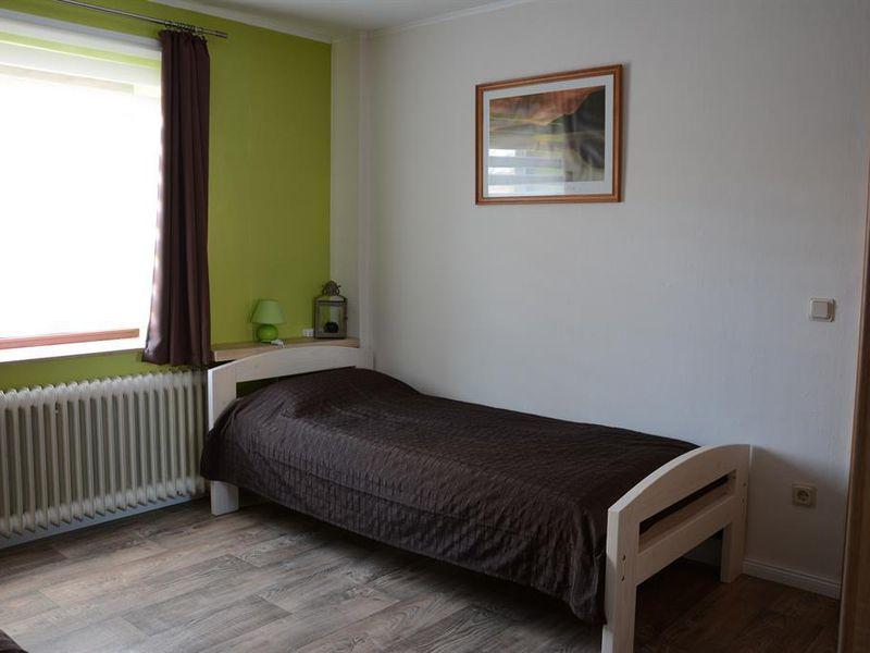 ferienwohnung f r 4 personen 65 m ab 60 id 19169337 buchholz in der nordheide. Black Bedroom Furniture Sets. Home Design Ideas