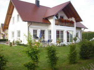 Ferienwohnung für 5 Personen (95 m²) ab 90 € in Burtenbach